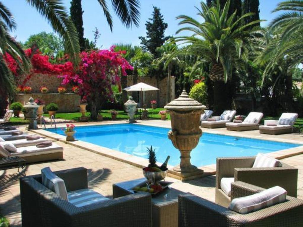 Traumhafte Finca mit paradiesischem Park Ferienhaus in Spanien