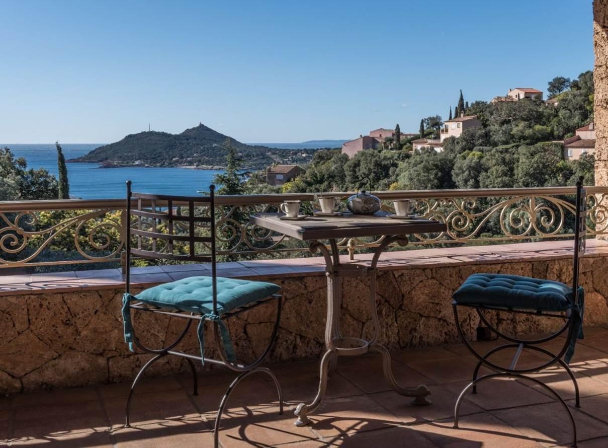 Villa Aurélie mit Meersicht Ferienhaus in Frankreich