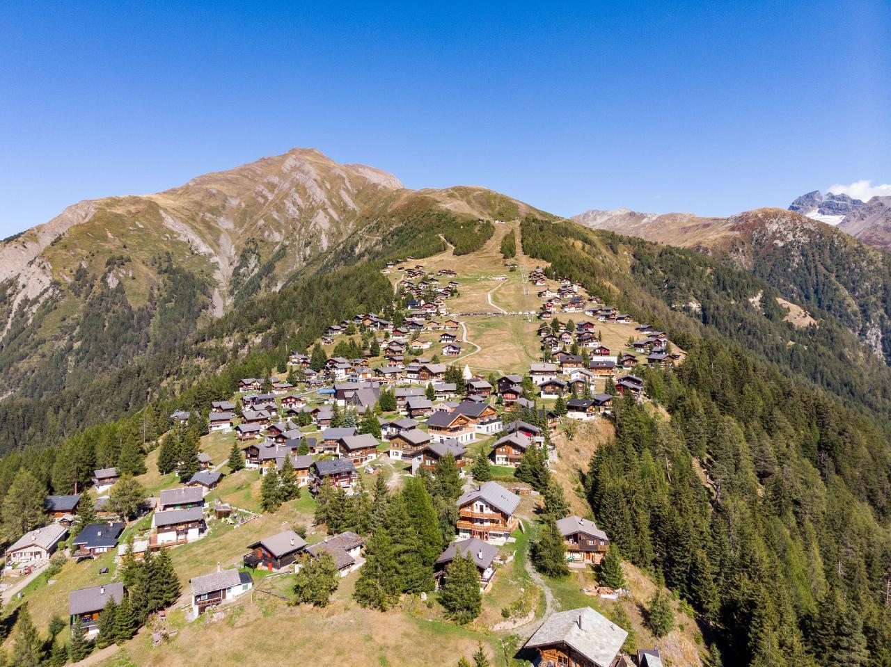 Ferienwohnung Chalet Bergfink | Ferienwohnung in den Walliser Bergen auf Rosswald (2311758), Rosswald, Brig - Simplon, Wallis, Schweiz, Bild 2