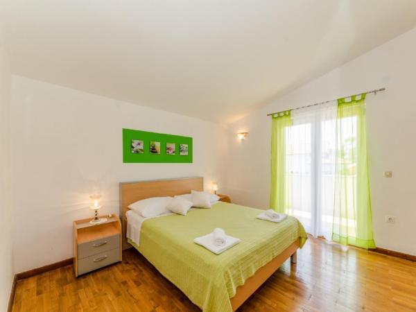 Ferienwohnung Apartment Stipe 2 + 2, nur 200 m vom Sandstrand entfernt (2319172), Privlaka, , Dalmatien, Kroatien, Bild 10