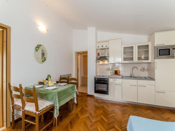 Ferienwohnung Apartment Stipe 2 + 2, nur 200 m vom Sandstrand entfernt (2319172), Privlaka, , Dalmatien, Kroatien, Bild 7