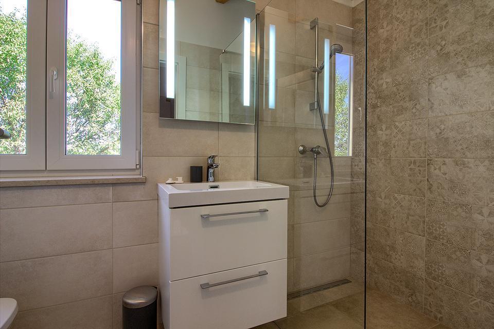Ferienhaus Schöne neue Villa Mugeba I mit Pool, max 6 + 2 Personen, nur 2km vom Strand entfernt, nähe (2322769), Mugeba, , Istrien, Kroatien, Bild 28