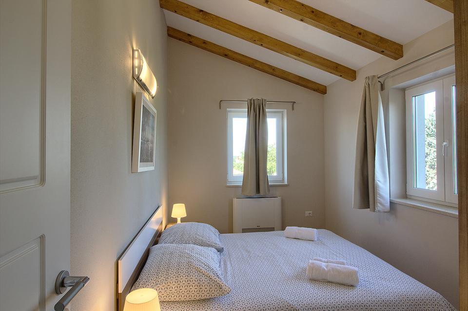 Ferienhaus Schöne Villa mit 2 privaten Pools, 6 Schlafzimmern, 6 Badezimmern, 2 km vom Strand entfern (2329516), Mugeba, , Istrien, Kroatien, Bild 48
