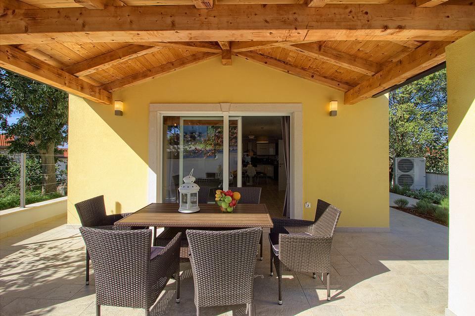 Ferienhaus Schöne Villa mit 2 privaten Pools, 6 Schlafzimmern, 6 Badezimmern, 2 km vom Strand entfern (2329516), Mugeba, , Istrien, Kroatien, Bild 4