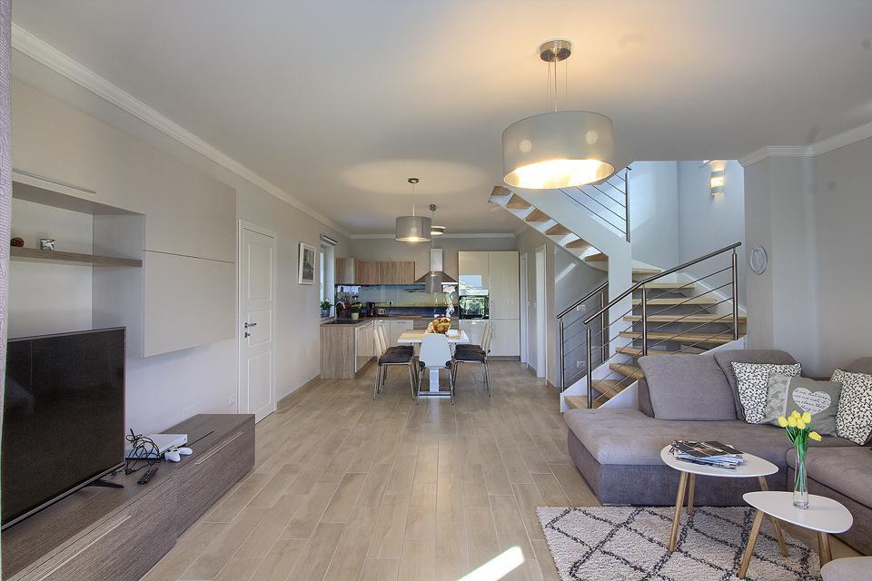 Ferienhaus Schöne Villa mit 2 privaten Pools, 6 Schlafzimmern, 6 Badezimmern, 2 km vom Strand entfern (2329516), Mugeba, , Istrien, Kroatien, Bild 35