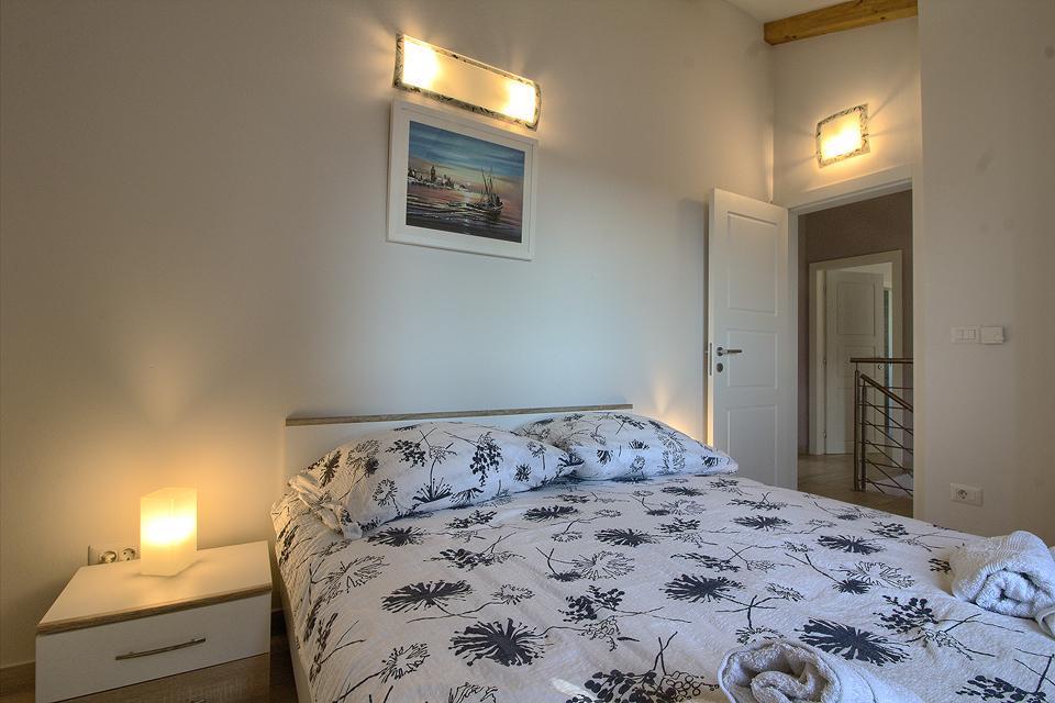 Ferienhaus Schöne Villa mit 2 privaten Pools, 6 Schlafzimmern, 6 Badezimmern, 2 km vom Strand entfern (2329516), Mugeba, , Istrien, Kroatien, Bild 19