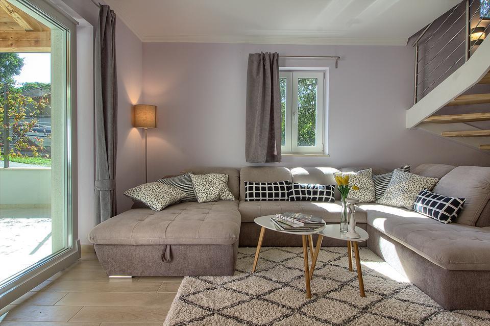 Ferienhaus Schöne Villa mit 2 privaten Pools, 6 Schlafzimmern, 6 Badezimmern, 2 km vom Strand entfern (2329516), Mugeba, , Istrien, Kroatien, Bild 10