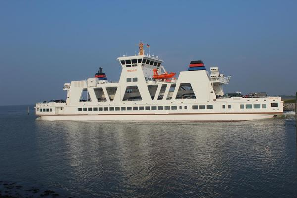 Frisia III nach Norderney