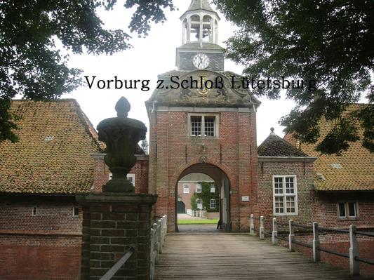 Vorburg zum Schloß Lütetsburg