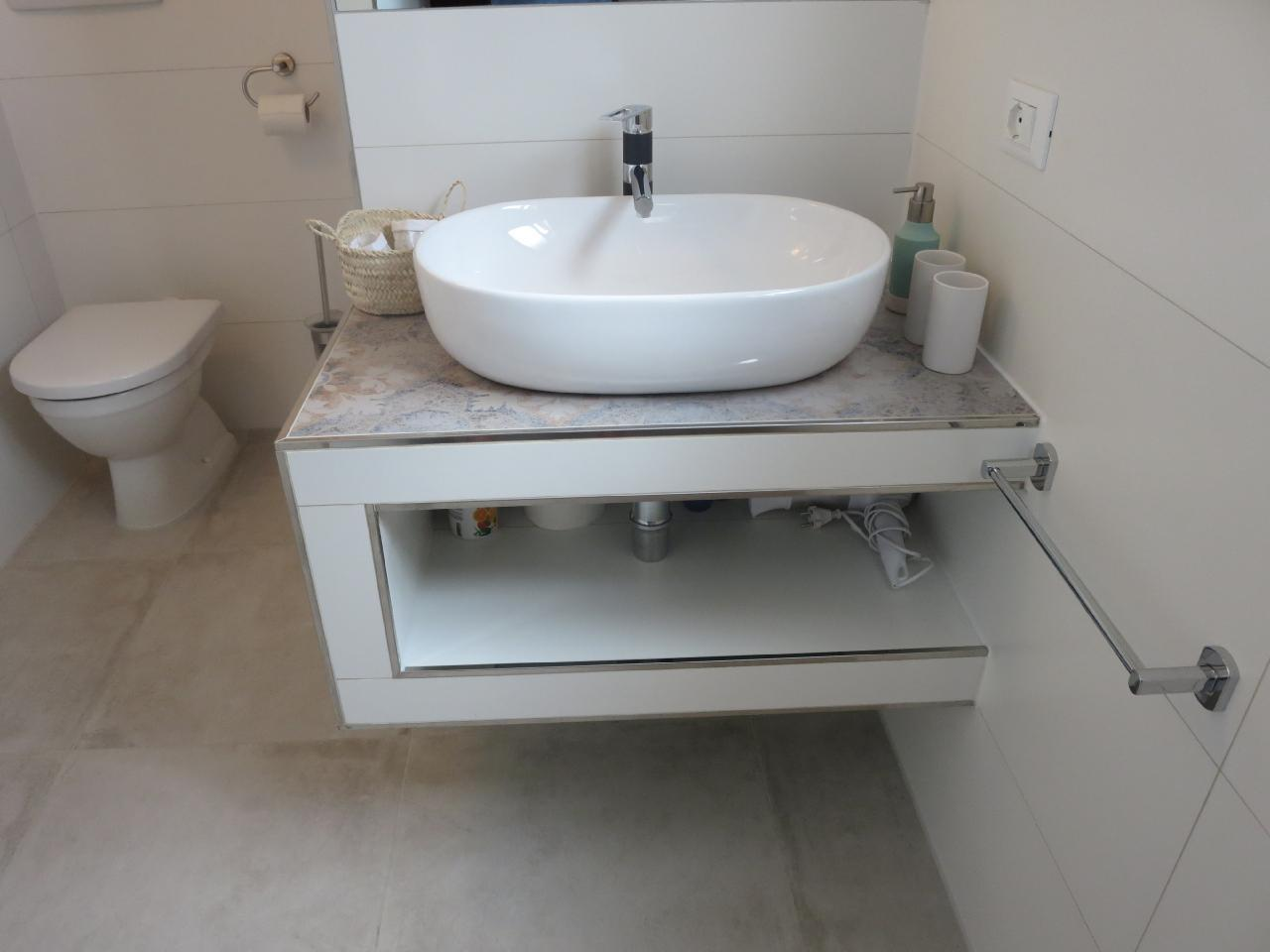 Holiday apartment Charmantes, neu renoviertes Appartement mit herrlicher Dachterrasse in einem typisch toska (2346343), Castagneto Carducci, Livorno, Tuscany, Italy, picture 13