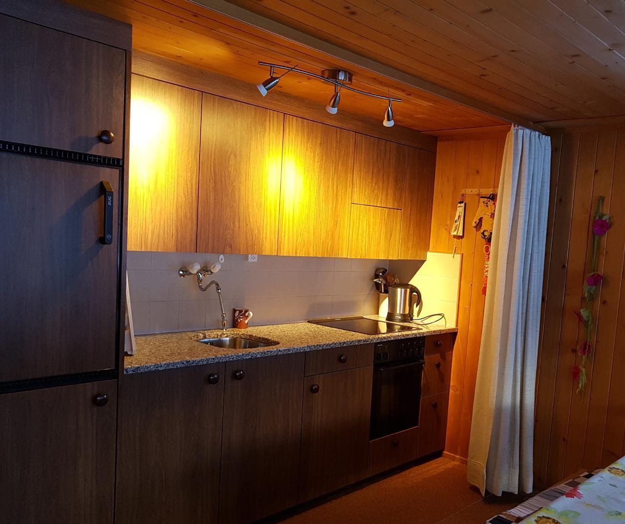 Ferienwohnung Chalet Domino 6-Bett -Wohnung (2350302), Lenk im Simmental, Simmental, Berner Oberland, Schweiz, Bild 9