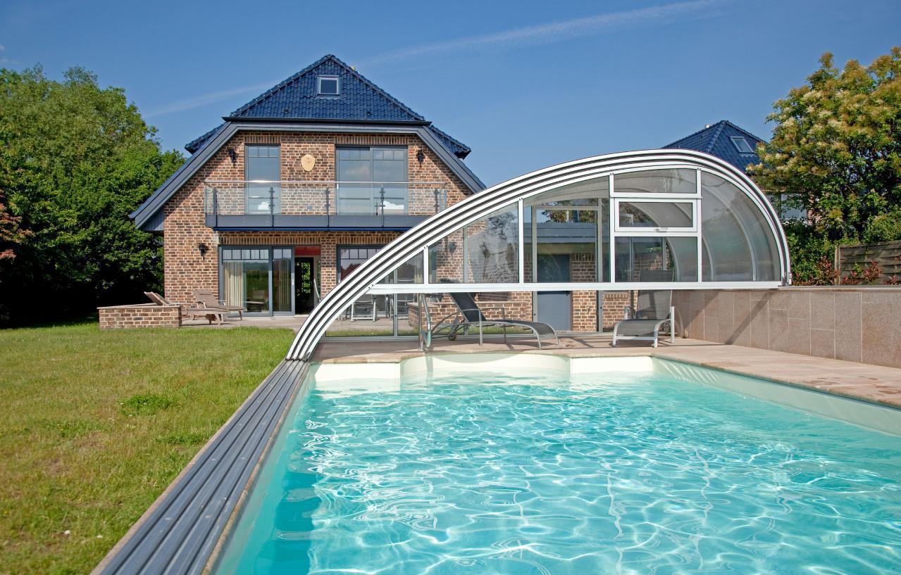 5-Sterne Traumvilla in ruhiger Feldrandlage mit be Ferienhaus in Deutschland