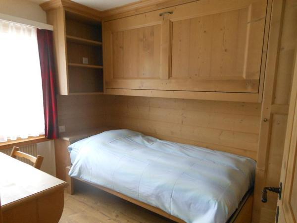 sur via oberengadin st moritz. Black Bedroom Furniture Sets. Home Design Ideas