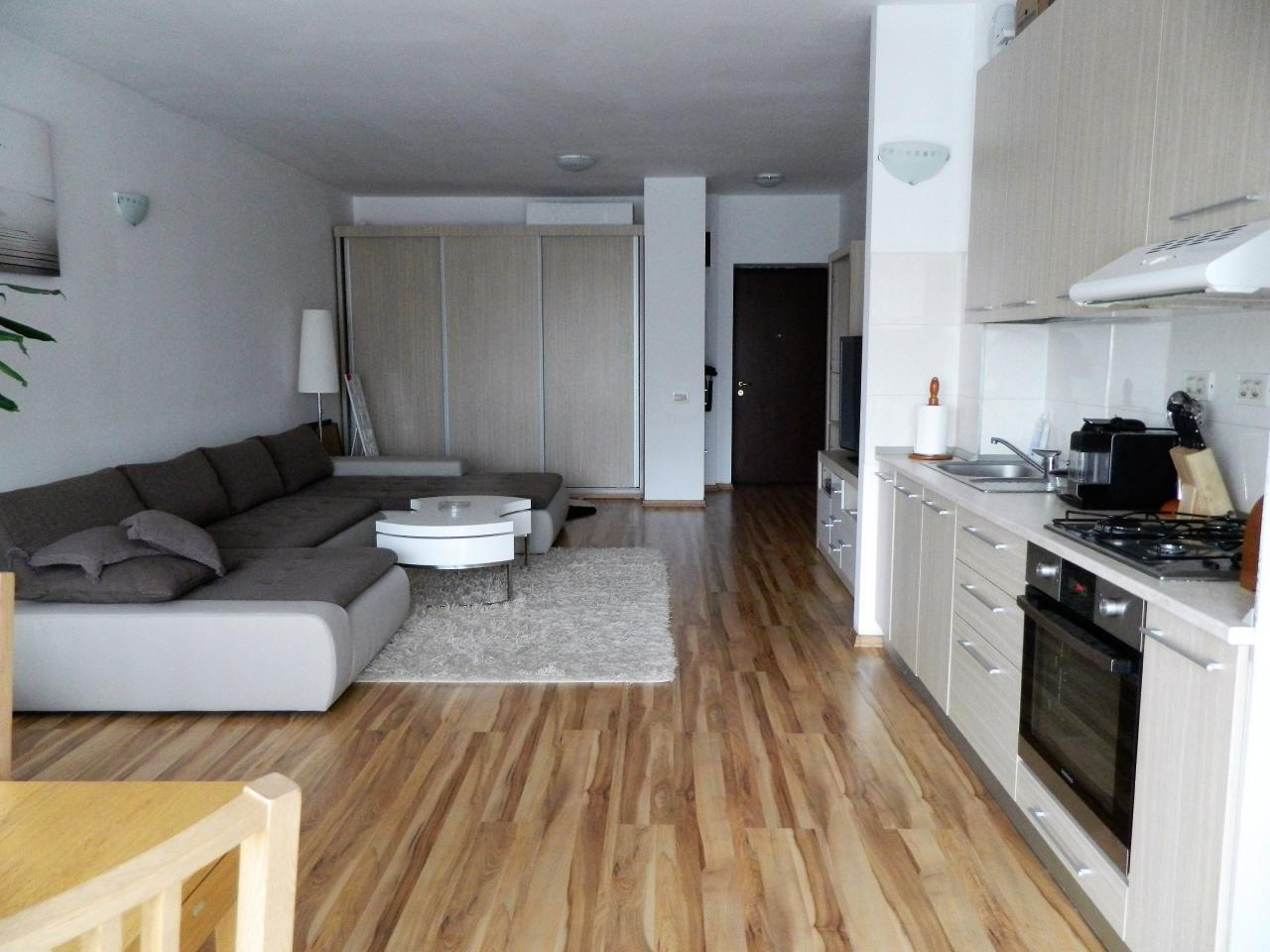 Luxury 2 Room Appartment-Residential Park