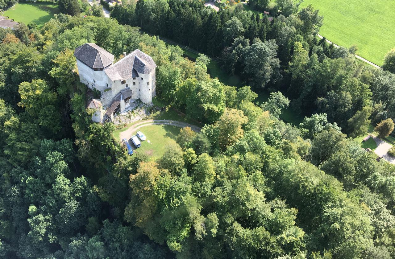 Ferienhaus Exklusive, gotische Burg