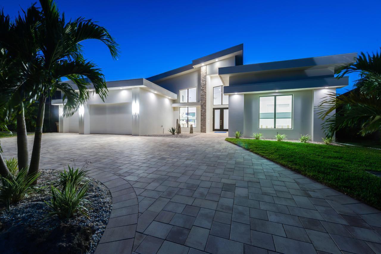 VILLA LadyElsy - Neubau Villa - Luxus pur - Top La Villa in Nordamerika