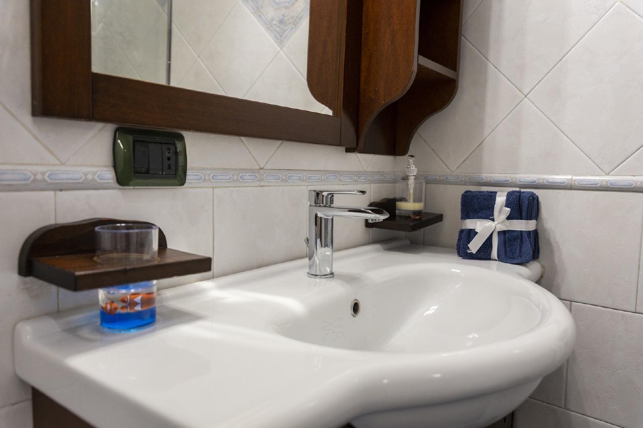 Ferienhaus Poseidon 391 Apartment in center of Salerno for vacancy 4 people 65mq (2461684), Salerno, Salerno, Kampanien, Italien, Bild 15