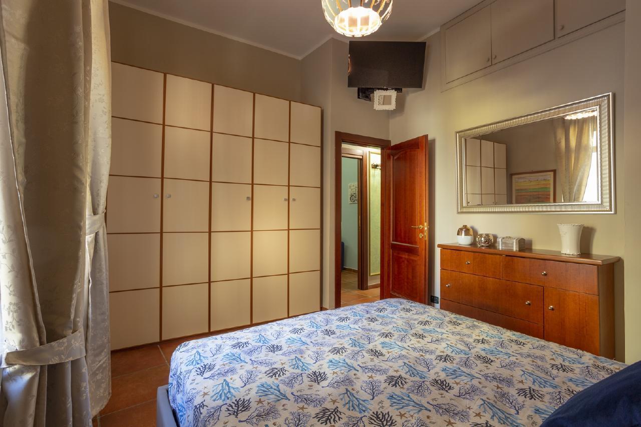 Ferienhaus Poseidon 391 Apartment in center of Salerno for vacancy 4 people 65mq (2461684), Salerno, Salerno, Kampanien, Italien, Bild 3