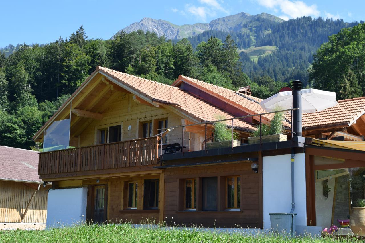 Ferienwohnung 2 Zimmer-Ferienwohnung im Altholz-Stil (2470618), Oey, Diemtigtal, Berner Oberland, Schweiz, Bild 1