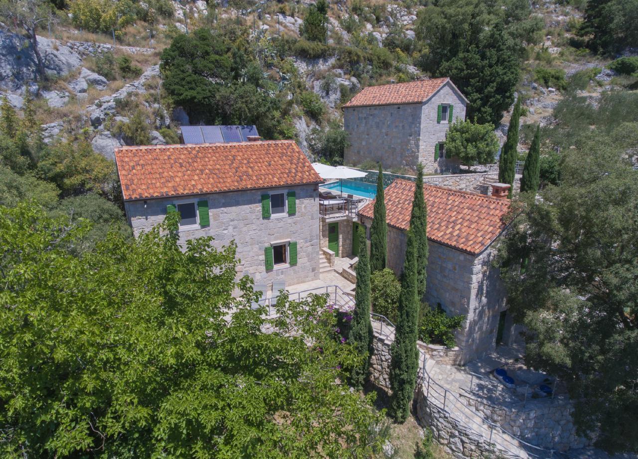 Nidus Onei - drei Steinvillen mit privatem Schwimm Ferienhaus in Kroatien