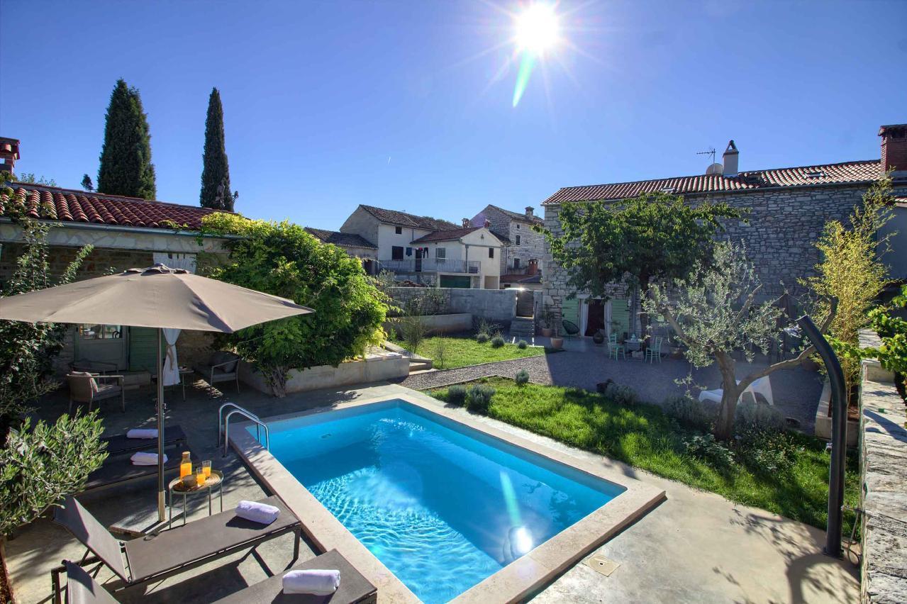 Ferienhaus Luxuriös-gestaltete Villa Kalu mit Pool in der Nähe von Rovinj (2529681), Kroatien, Istrien, , Rovinj