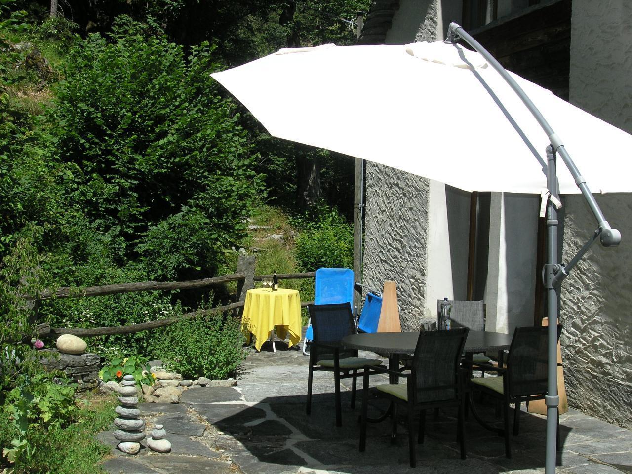 Ferienwohnung Wohnung Schwalbenschwanz (2535299), Cevio, Maggiatal, Tessin, Schweiz, Bild 2