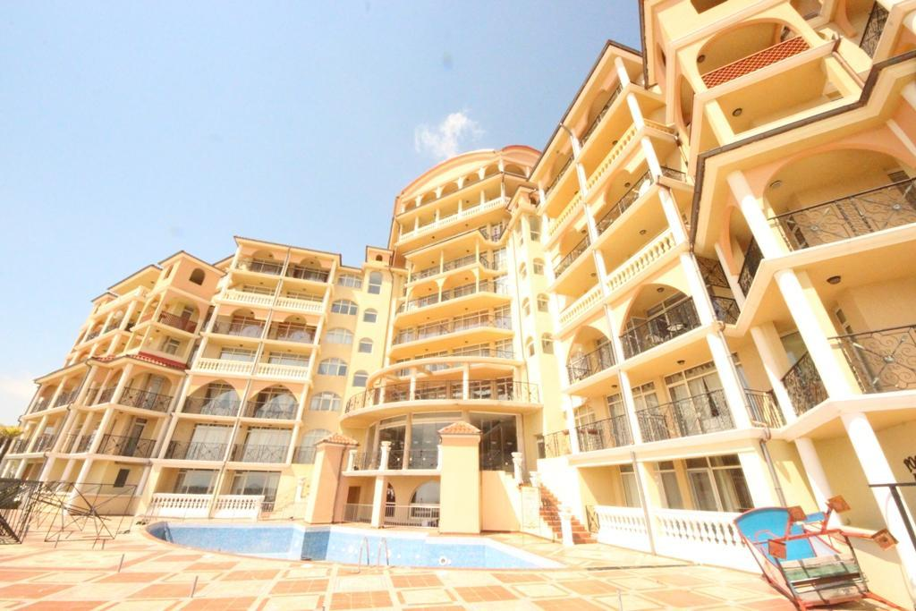 Atrium Beach A501 One Bedroom Apartment for 4 people
