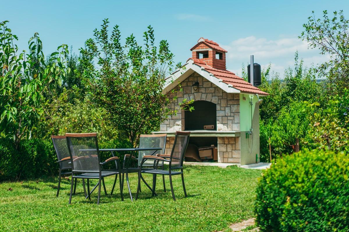 Ferienhaus Familienvilla mit XXL-Pool, Grill, Garten und Spielplatz ganz privat (2573498), Kamenmost, , Dalmatien, Kroatien, Bild 11