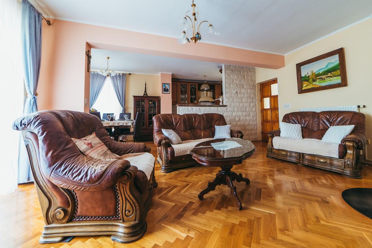 Ferienhaus Familienvilla mit XXL-Pool, Grill, Garten und Spielplatz ganz privat (2573498), Kamenmost, , Dalmatien, Kroatien, Bild 20