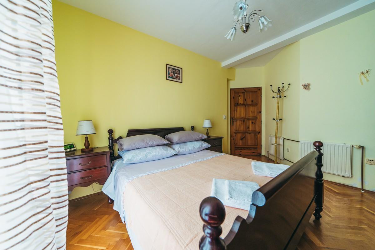 Ferienhaus Familienvilla mit XXL-Pool, Grill, Garten und Spielplatz ganz privat (2573498), Kamenmost, , Dalmatien, Kroatien, Bild 24