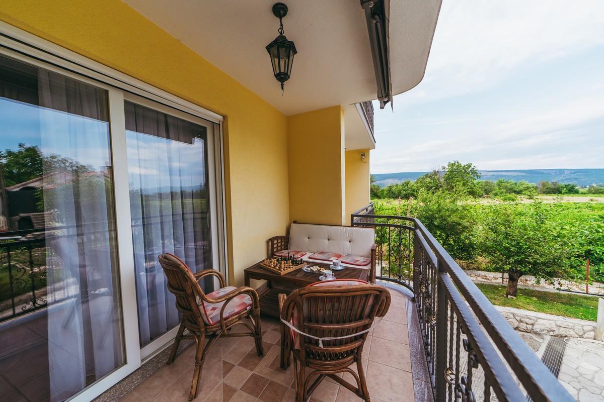 Ferienhaus Familienvilla mit XXL-Pool, Grill, Garten und Spielplatz ganz privat (2573498), Kamenmost, , Dalmatien, Kroatien, Bild 19