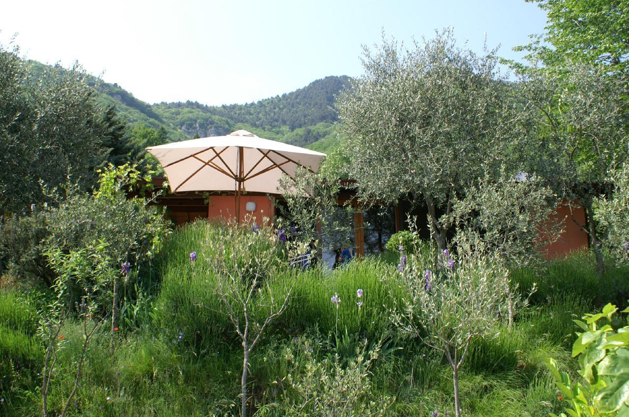 Bungalow über dem Gardasee mit malerischem Ga Ferienhaus  Gardasee - Lago di Garda