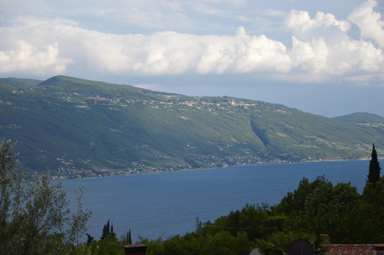 Ferienhaus Bungalow über dem Gardasee mit malerischem Garten,See- und Bergblick (2575328), Gardola, Gardasee, Lombardei, Italien, Bild 14