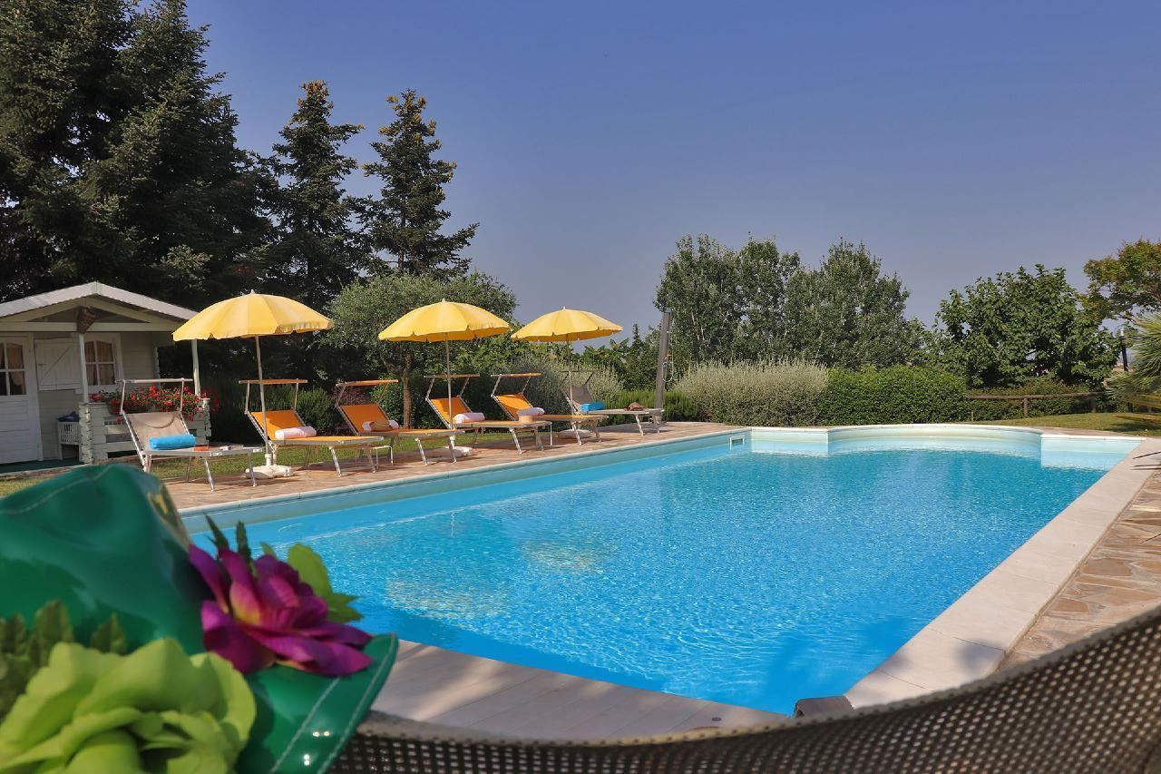 Ferienhaus Private Villa mit Pool, 9 Schlafplätze, 3 Schlafzimmer, WLAN, Klimaanlage, Panoramablick (2575332), Corinaldo, Ancona, Marken, Italien, Bild 13