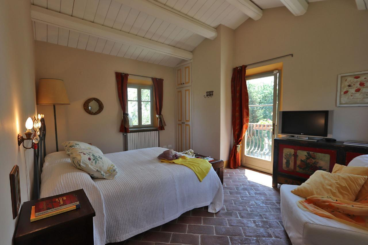Ferienhaus Private Villa mit Pool, 9 Schlafplätze, 3 Schlafzimmer, WLAN, Klimaanlage, Panoramablick (2575332), Corinaldo, Ancona, Marken, Italien, Bild 7