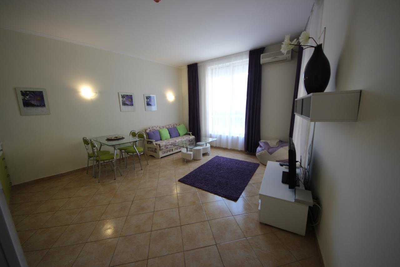 2 Zimmer Wohnung Negresco
