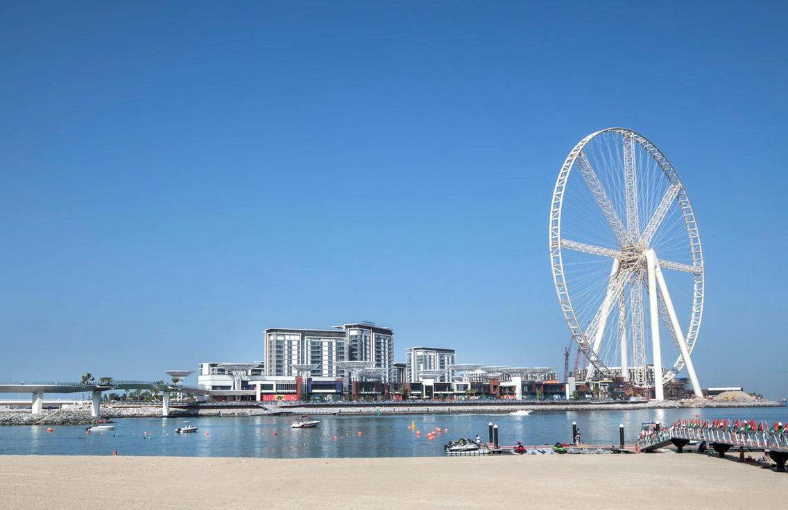 Luxuriöse automatisierte 2 Schlafzimmer, Direkt am Strand mit Whirlpool, Jumeirah Beach Residence JBR, Dubai Marina