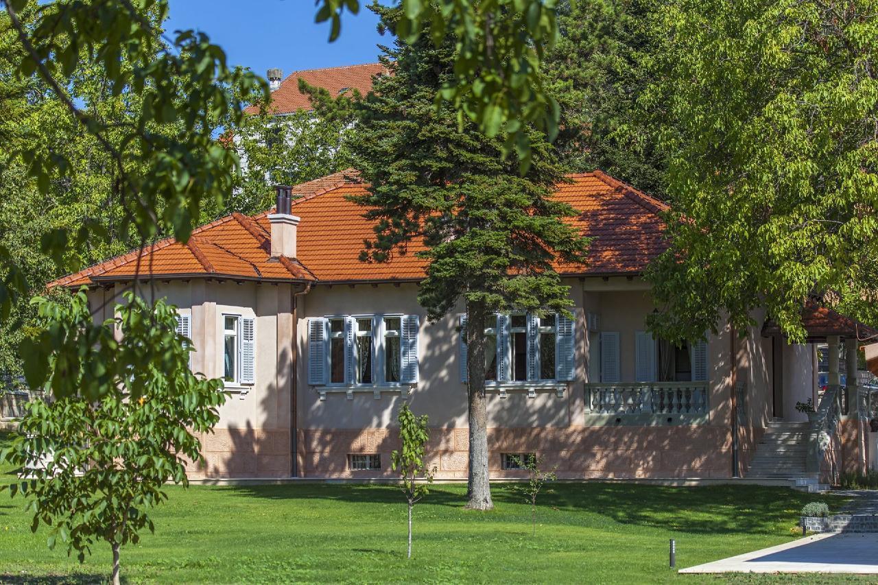 """Zentral gelegene, historische """"Villa Tripalo& Villa"""