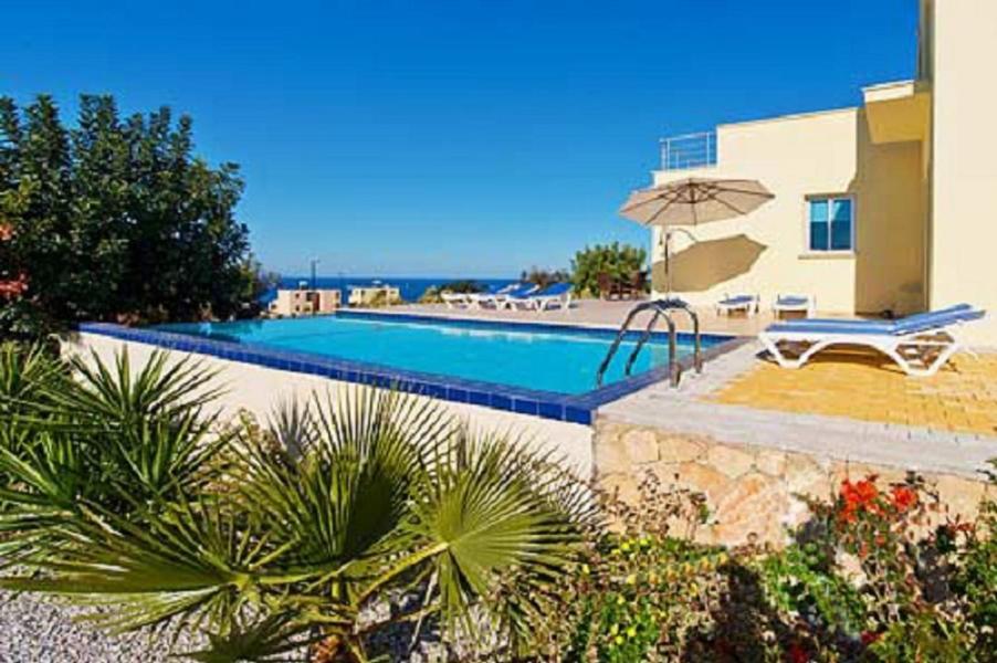 Villa SUNNY - Exklusiver privater Pool, kostenloses WIFI, exzellente zentrale Lage