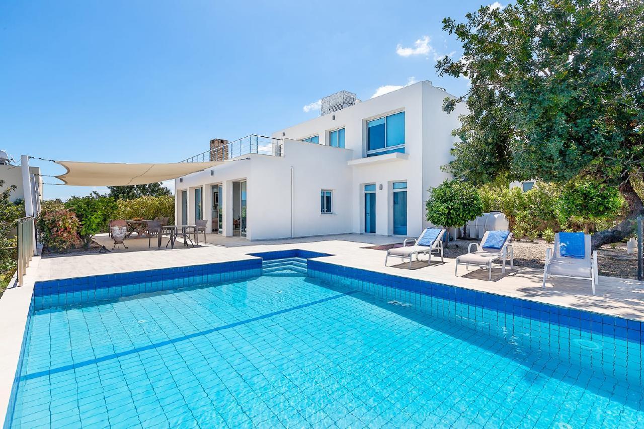 Villa Lorane - Executive 5 * Villa mit eigenem Pool