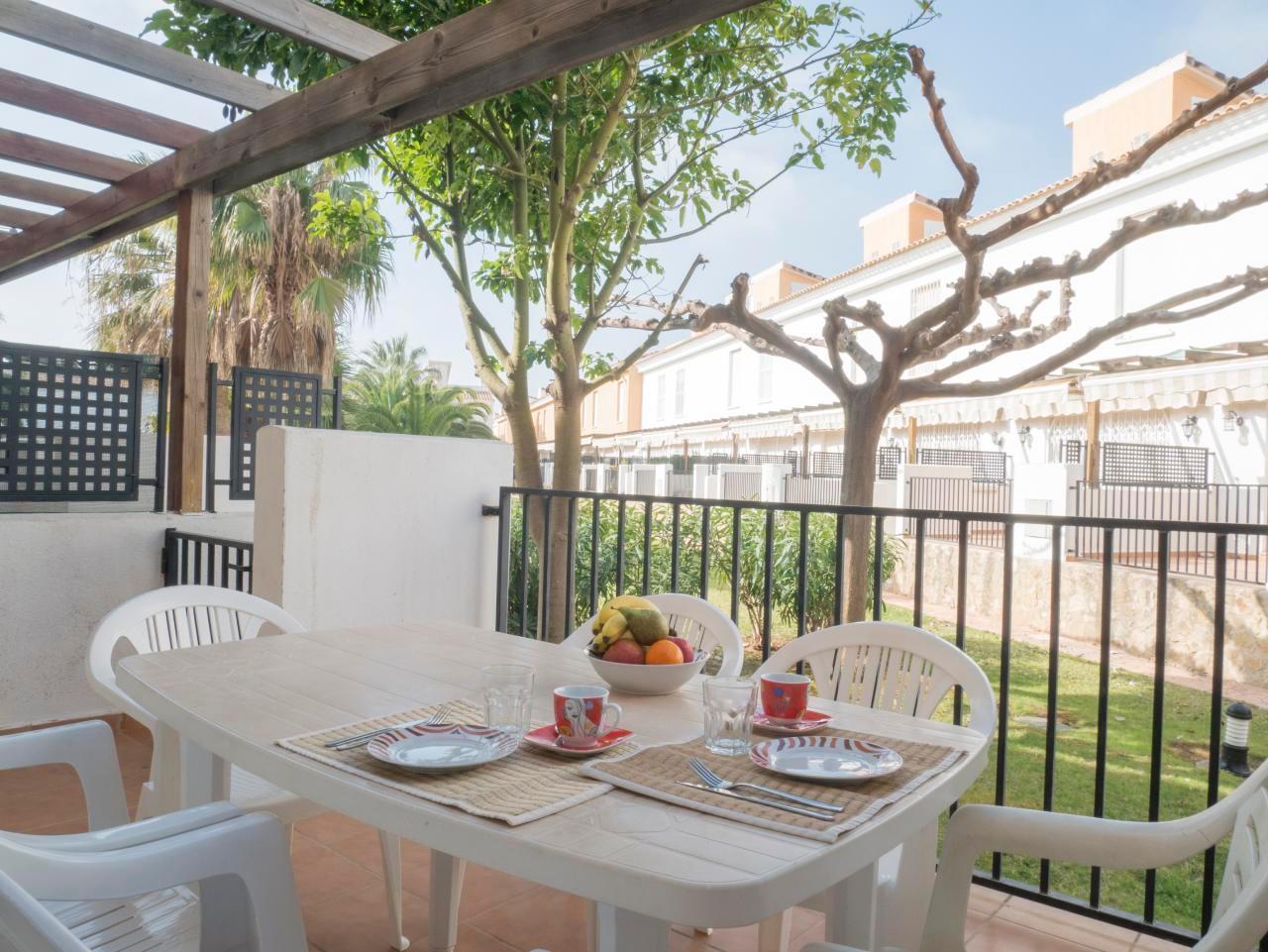 Reihenhaus für 4-6 Personen in der Anlage Pal Ferienhaus  Costa del Azahar