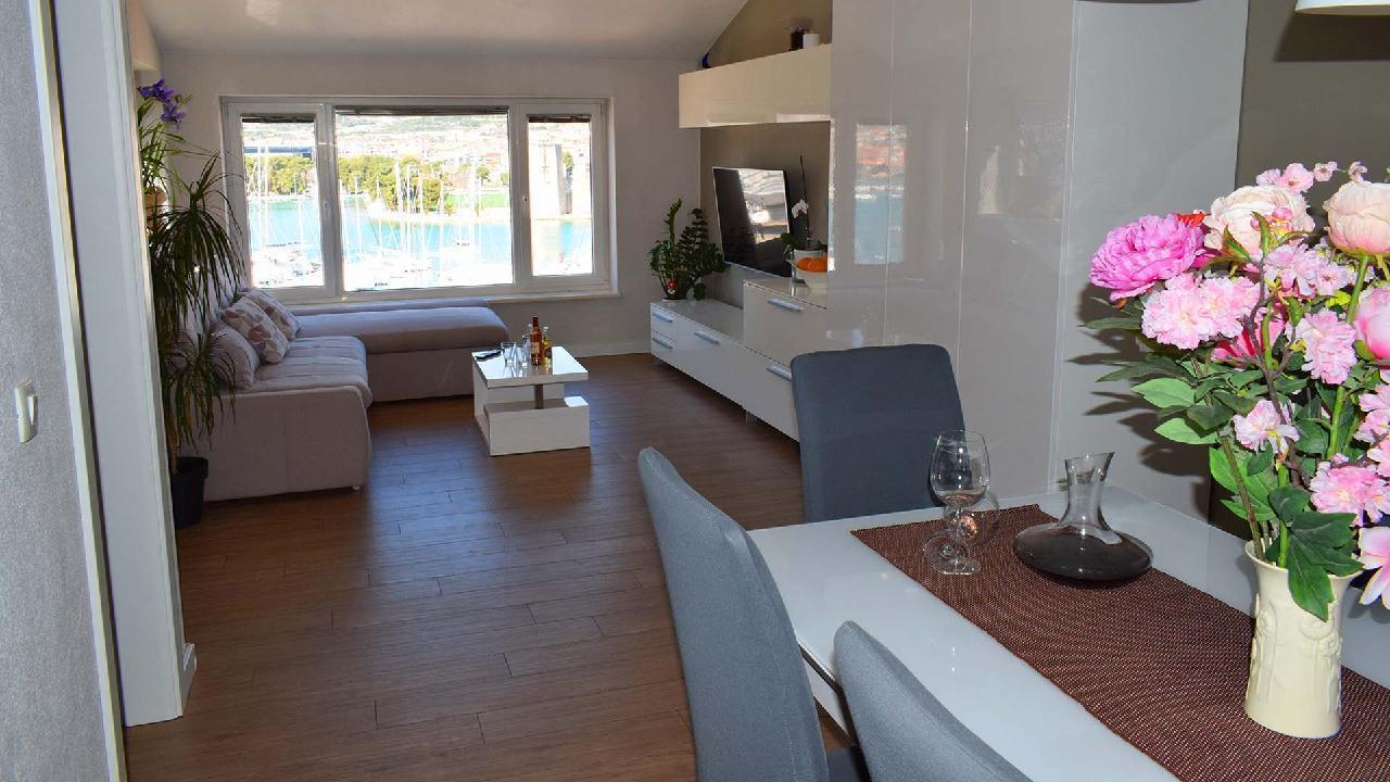 Ferienwohnung Stylisches Apartment Kamerlengo Nähe Trogir Zentrum - EOS-CROATIA (2789976), Trogir, , Dalmatien, Kroatien, Bild 1