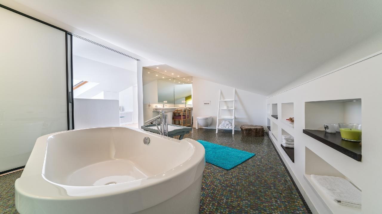 Ferienhaus Luxuriöse Strandvilla Marija in der Nähe von Trogir (2790031), Seget Vranjica, , Dalmatien, Kroatien, Bild 11