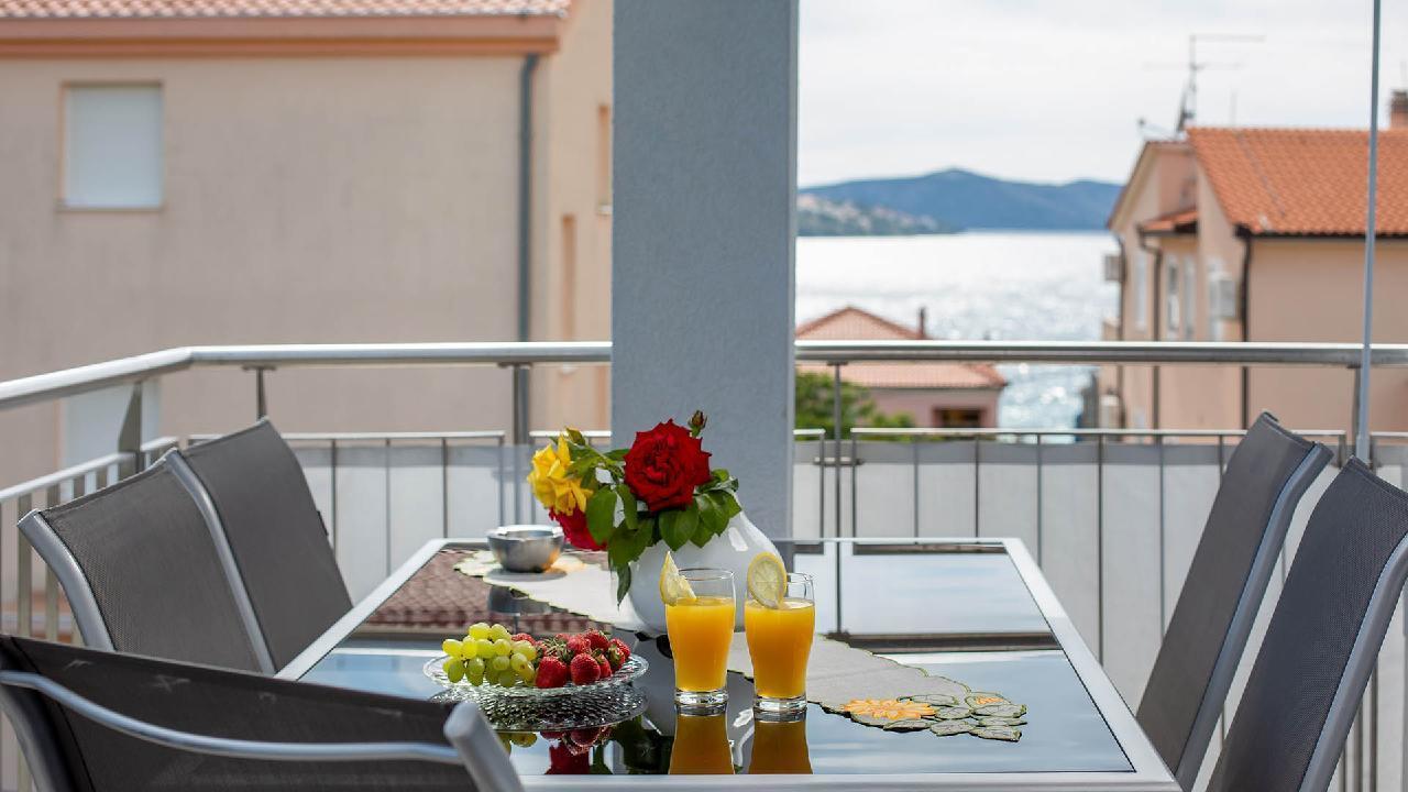 Ferienwohnung Charming Apartment Delight II. - EOS-CROATIA (2790032), Okrug Gornji, Insel Ciovo, Dalmatien, Kroatien, Bild 1
