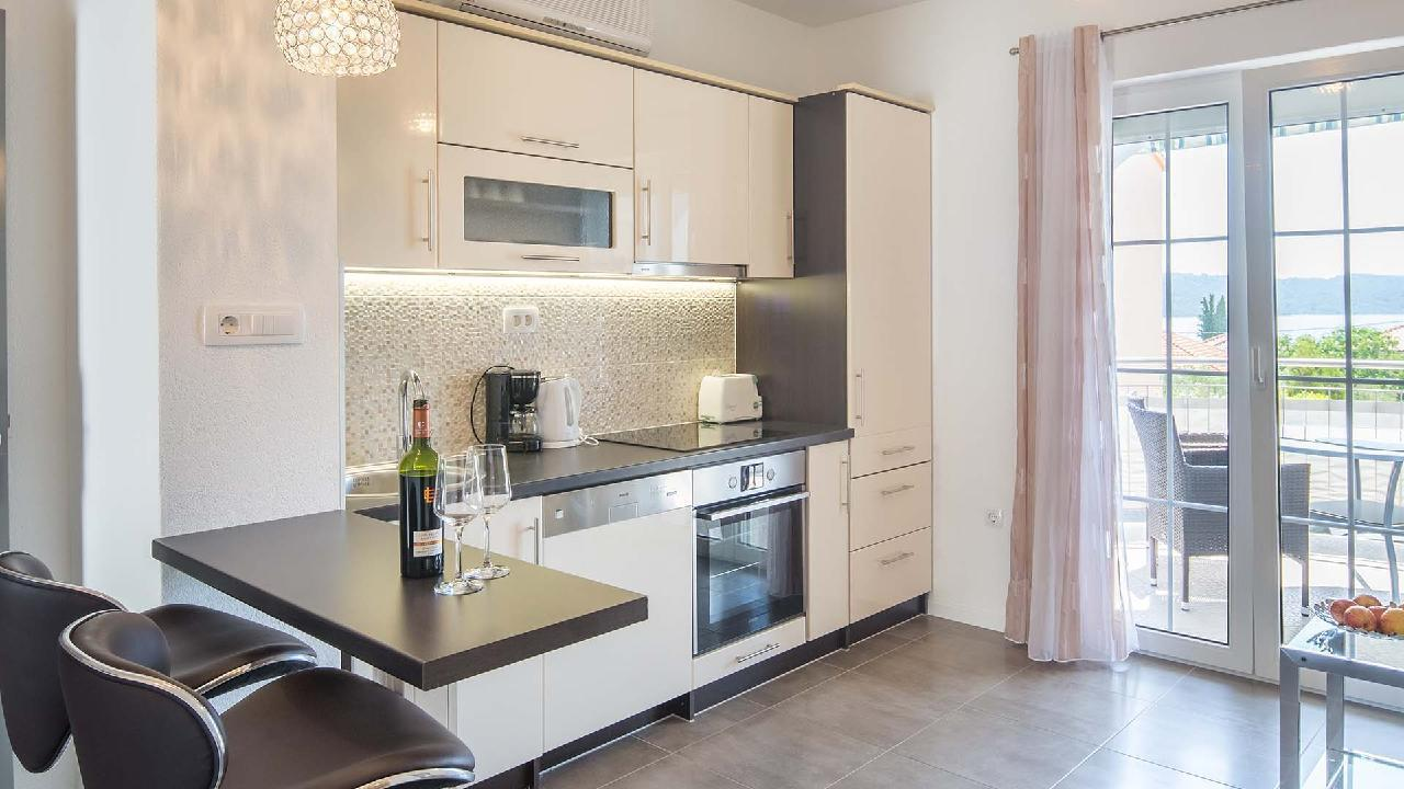 Ferienwohnung Stylish holiday apartment apartment Delight IV. - EOS-CROATIA (2790044), Okrug Gornji, Insel Ciovo, Dalmatien, Kroatien, Bild 2