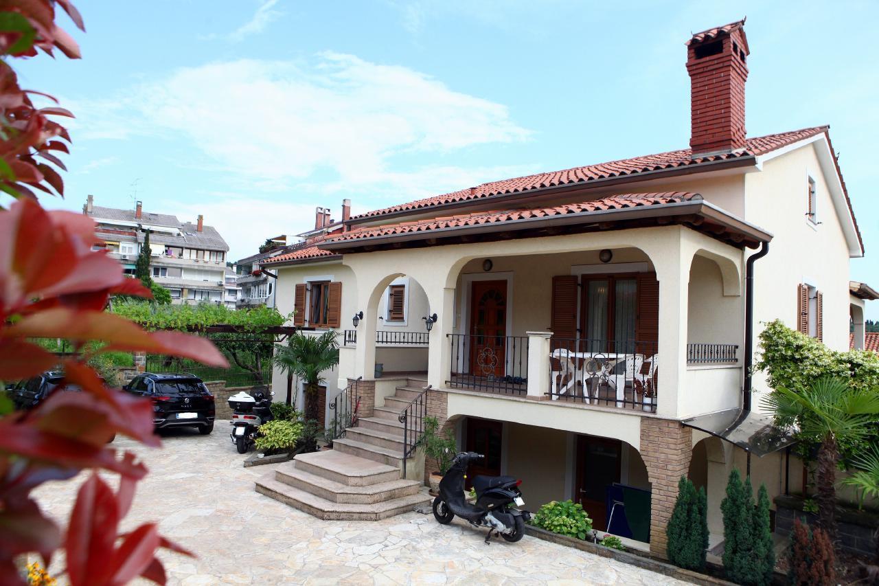 Harmony Apartment mit Gartenblick Portoro PER1