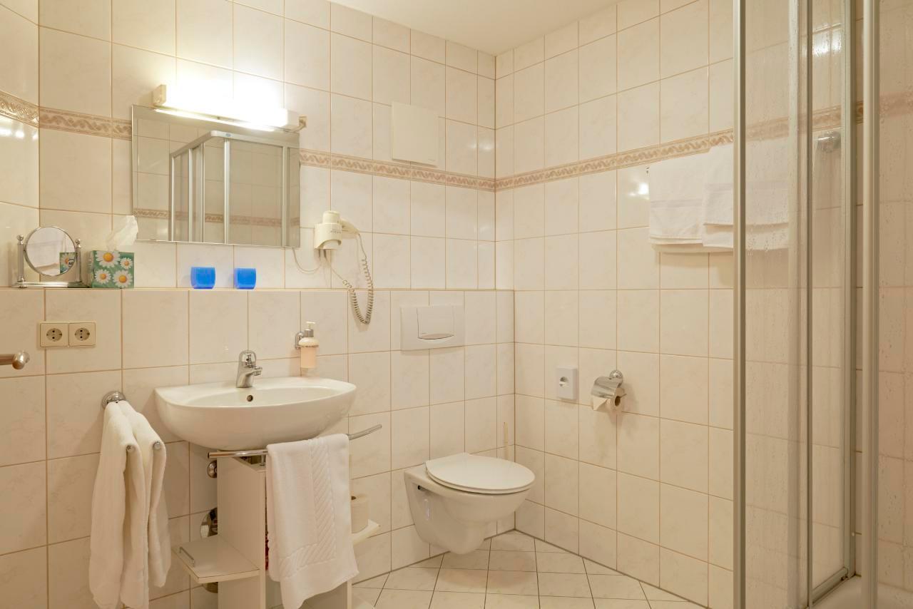 Holiday apartment 3 - Gasthaus Kranz (33802), Stühlingen, Black Forest, Baden-Württemberg, Germany, picture 4