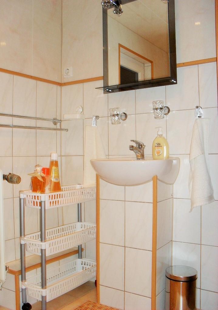 Badezimmer/ Waschbecken