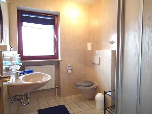 Ferienwohnung Tines Gästehaus, Wohnung 2 (396393), Bad Griesbach, Bayerisches Golf- und Thermenland, Bayern, Deutschland, Bild 6