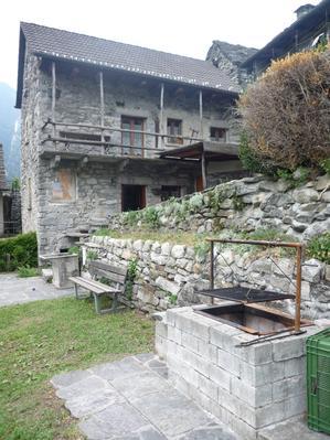 Ferienhaus Rustico in Sanbugaro (408634), Lavertezzo, Verzascatal, Tessin, Schweiz, Bild 4